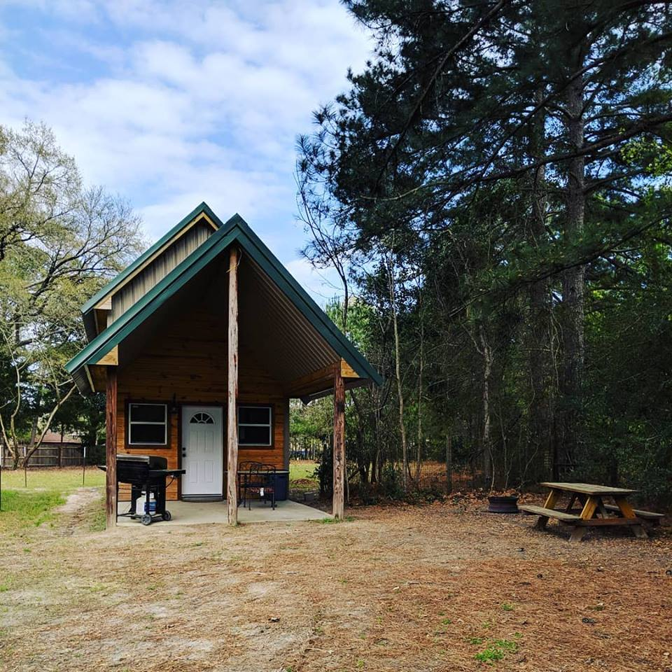cabins for rent East Texas, Sam Rayburn glamping, where to fish East Texas, big thicket RV Parks, where to stay Sam Rayburn,